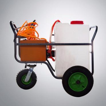 电动手推式喷雾车